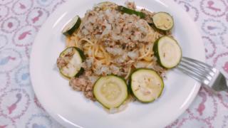 サバ水煮缶とズッキーニのスパゲッティ