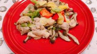 鶏肉とキャベツのヌックマム炒め