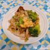 ブロッコリーと生きくらげ、豚バラ肉のブラックペパー炒め