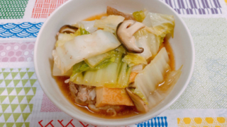 白菜と豚バラ肉、厚揚げの蒸し煮