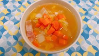 白菜とベーコンのクミンスープ