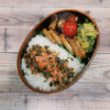 豚肉ロールステーキ弁当(なすとトマトのポン酢ラー油和えレシピあり)